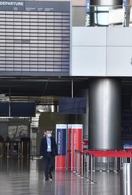 Журналистам не разрешили снимать в аэропорту Внуково возвращение Навального