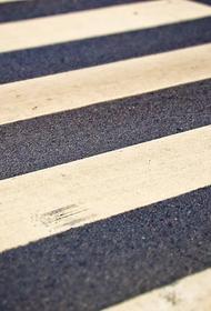 Водитель внедорожника сбил трех девочек на переходе в Магадане и уехал с места аварии
