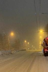 Жителей Краснодара попросили воздержаться от поездок по городу 15 января