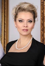 Писательница Лена Ленина развелась с мужем спустя 11 месяцев брака