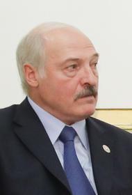 Лукашенко убежден, что Белоруссию будут и дальше «шатать и раскачивать»