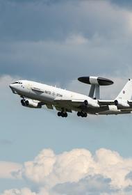 Ресурс Avia.pro: самолет-разведчик США на несколько минут нарушил воздушное пространство рядом с базой России в сирийском Тартусе