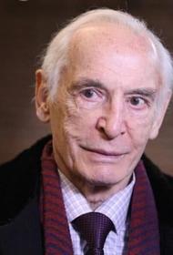Василия Ланового подключили к искусственной вентиляции легких — он в тяжёлом состоянии в реанимации