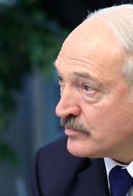 Лукашенко заявил, что в своей стране никого не боится