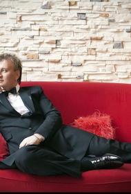 «Минус 10 килограмм»: певец Сергей Пенкин стремительно худеет к 60-летию