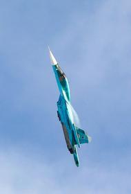 Выложено видео с маневрами российского Су-35 в небе над Сирией перед разгромом техники протурецких джихадистов