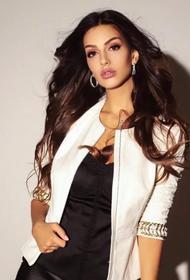 Модель Оксана Воеводина рассказала, как «уколы красоты» испортили её мышцы лица