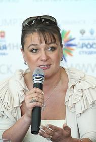 Актриса Анастасия Мельникова раскрыла своей размер зарплаты депутата заксобрания Санкт-Петербурга