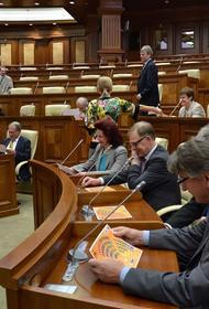 В Сейме Латвии работают депутаты, находящиеся под следствием