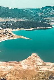 Несмотря на непогоду вода в водохранилищах Крыма убывает