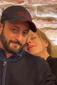 Эксперт назвал брак Арзамасовой и Авербуха обречённым на развод