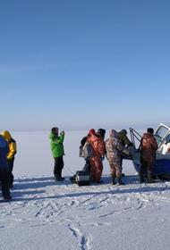 В Ленобласти cо льдины спасли 14 рыбаков