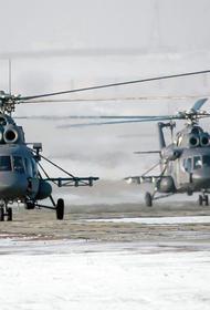 Вертолеты армейской авиации ВВО отработали задачи воздушной разведки ночью