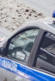 На северо-востоке Москвы машина выехала на тротуар и сбила двух пешеходов