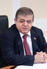 Сенатор Джабаров заявил, что Киев добивается военного столкновения России и НАТО