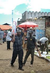 В активно принимающей русских туристов Танзании отрицают пандемию, не ведут статистику, а лечиться предлагают луком и травками