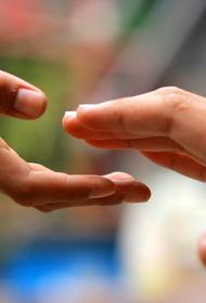 Волгоградская благотворительность: чтобы не повесили на ближайших столбах
