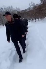 Володин заставил саратовских чиновников пройтись пешком по заснеженным улицам