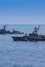 В Баренцево море вышла корабельная поисково-ударная группа Кольской флотилии СФ