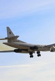 Военный самолет Ту-142 утром произвел экстренную посадку под Вологдой из-за отказа двигателя