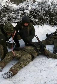 Украинские солдаты подорвались на фугасе в воскресенье