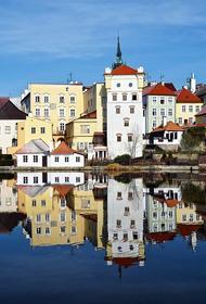 В Чехии опять ввели режим ЧС из-за коронавируса
