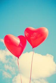 Картину режиссёра Владимира Меньшова «Любовь и голуби» россияне оценили как лучший фильм о любви