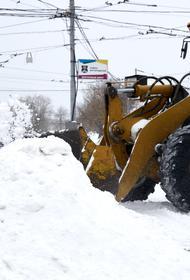 В Дептрансе Москвы перечислили участки дорог с самой сложной ситуацией из-за снега