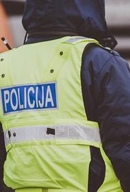 Латвия: за оскорбление полицейских предлагают наказывать вплоть до лишения свободы