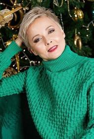 48-летняя актриса Дарья Повереннова вышла замуж за миллионера