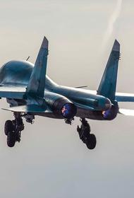 Avia.pro: российский Су-35 устроил погоню за американским F-18 в небе Сирии и сымитировал его уничтожение
