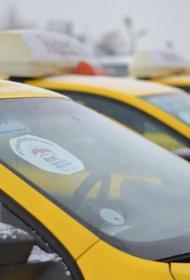 В Москве проходит благотворительная акция «Волонтерское такси» для помощи врачам