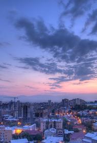 Оппозиция Армении перекрыла центральные улицы Еревана