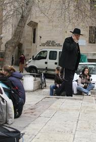 В Израиле почти половина взрослого населения привилась от ковида, но власти введут комендантский час на праздник Пурим 25 февраля