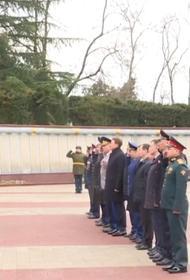 Константин Затулин поздравил ветеранов с Днём защитника Отечества