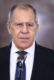 Лавров заявил, что США за несколько минут предупредили военных РФ об ударе по Сирии
