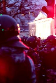ОМОН вывез 15 мужчин с территории Среднеуральского женского монастыря