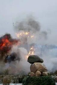 На Донбассе подорвался грузовик ВСУ на мине, установленной украинскими саперами