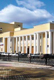 В Хабаровске работницы Дома офицеров похитили редкие книги