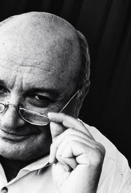 Поэт и издатель Валерий Краснопольский вспоминает о Михаиле Жванецком в день его рождения: он писал замечательные верлибры