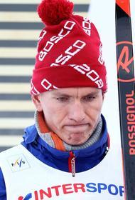 Опубликовано видео, как Большунов сломал палку на финише на ЧМ по лыжным гонкам