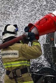 Три человека погибли при пожаре в многоэтажном доме в Уфе