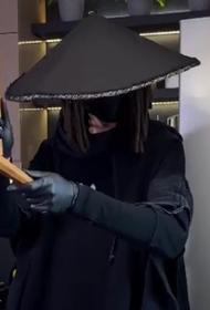 Челябинский повар в костюме самурая покорил TikTok
