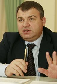 Бывший министр обороны Сердюков выиграл суд с соседом
