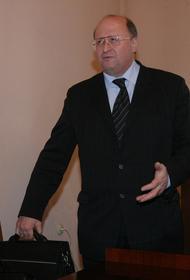 Александр Гинцбург рассказал, кому не рекомендуется делать вакцинацию от коронавируса