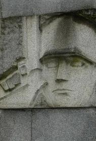 Достанут ли пушку с монумента в Екабпилсе из глубин Даугавы