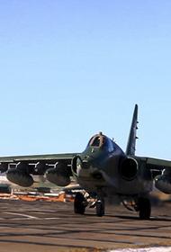 Штурмовая авиация ВВО уничтожила артиллерию и бронетехнику вероятного противника