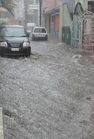 Из-за наводнений в Австралии эвакуировали около 18 тысяч человек