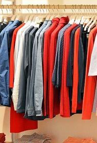 Ритейлеры предупредили россиян о росте цен на одежду и обувь