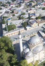 Иностранные граждане отказались от 500 земельных участков в Крыму после запрета на владение